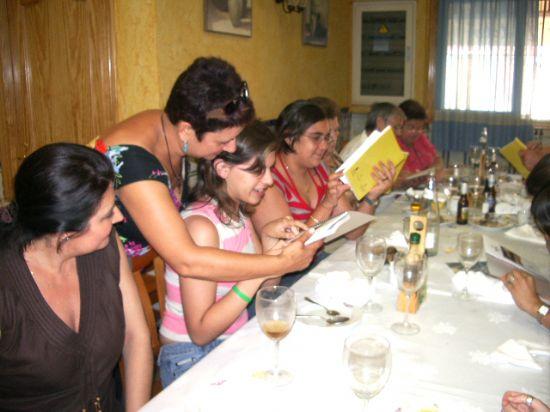Los voluntarios sociales del Ayuntamiento celebran una comida de convivencia