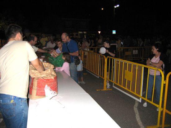 Casi mil quinientas sartenes participaron en el concurso de migas 2006