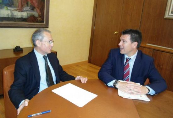 El alcalde se reúne con el presidente de la Confederación Hidrográfica del Segura