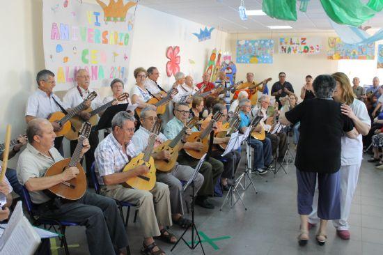 El Centro de Día para personas mayores celebra su sexto cumpleaños