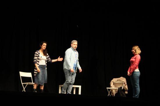 """Seguimos con teatro. Esta noche toca """"La Casa de Bernarda Alba"""", por El Espantapájaros de Tabutopía, de Madrid"""