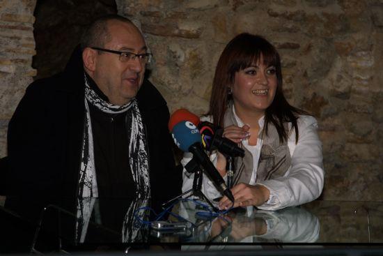 El grupo de teatro Sinfín teatraliza visitas guiadas por el municipio durante esta Navidad