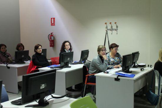 El Vivero de Empresas para Mujeres clausura un nuevo curso de ofimática