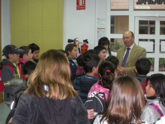 Comienzan las actividades de difusión del Archivo Municipal con la visita de alumnos del Colegio Público Ricardo Codorníu