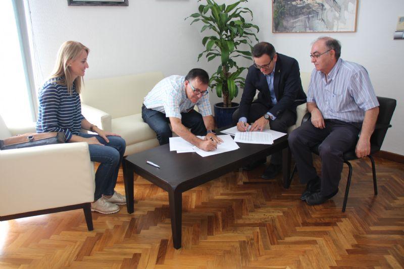 El Ayuntamiento de Alhama y Cruz Roja renuevan su convenio de colaboración