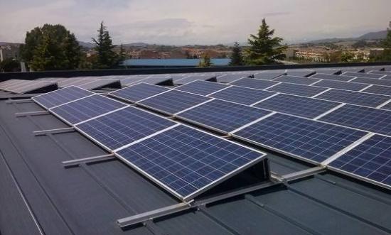 ENERGÍA SOLAR PARA EDIFICIOS PÚBLICOS LOCALES