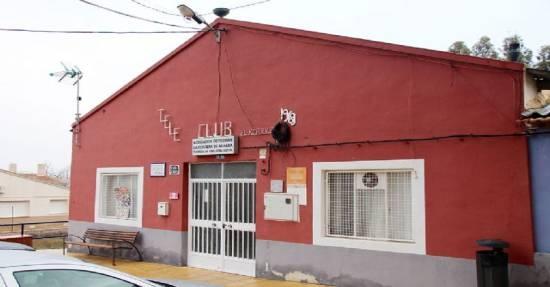 MEJORAR LA ZONA RECREATIVA DEL TELE-CLUB DE LA COSTERA PARA FIESTAS Y OTROS ACTOS