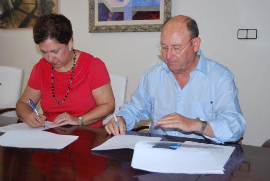 El Ayuntamiento firma un convenio con la Asociación Española Contra el Cáncer