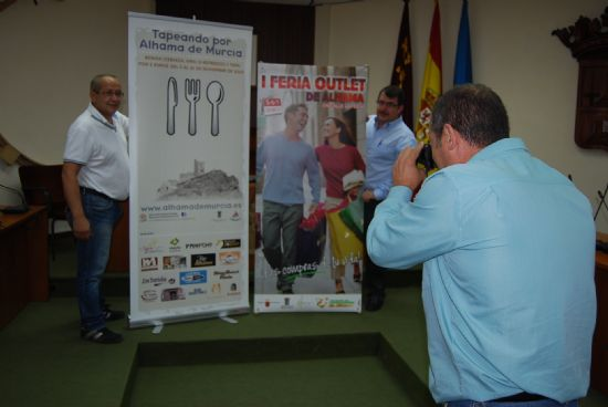 """Hostelería y comercio hacen coincidir la I Feria Outlet de Alhama y la 2ª Edición de """"Tapeando por Alhama"""""""