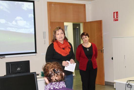 Mujer clausura dos cursos en el que han participado más de treinta mujeres