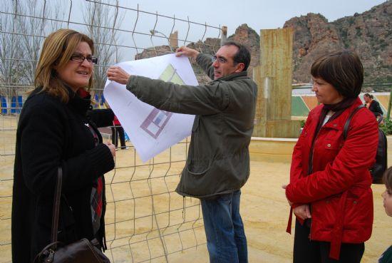 Los vecinos del Jardín de Miguel de Cervantes contemplan con satisfacción la nueva remodelación del parque