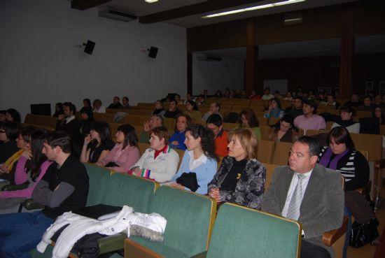 """Gran asistencia en las """"I Jornadas sobre criminología"""" que ya han sido inauguradas"""