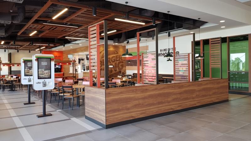 Burger King abre uno de sus restaurantes en Alhama de Murcia