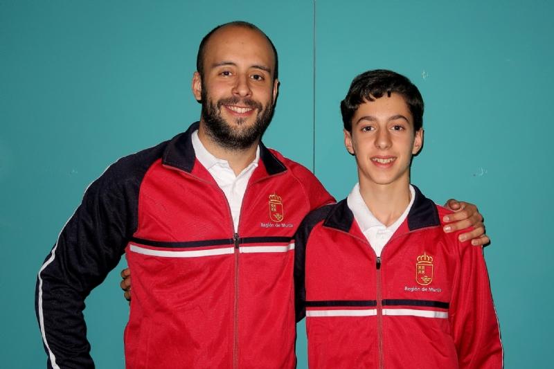 El pabellón Adolfo Suárez acoge los entrenamientos de la Selección Murciana de Baloncesto de cara al Campeonato de España Escolar