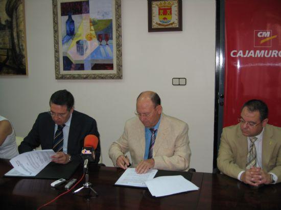 El ayuntamiento de Alhama firma con Cajamurcia un Convenio de Hipoteca y Crédito Joven