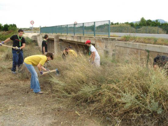 Scouts, Medio Ambiente y el Parque Regional de Sierra Espuña, en decidida lucha para la conservación del tejón en nuestro entorno