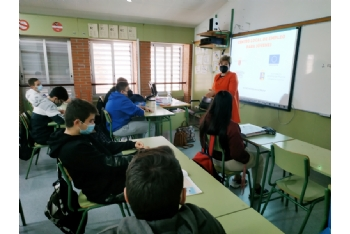 Empleo joven imparte charlas de orientación formativa y laboral en los centros educativos de Alhama