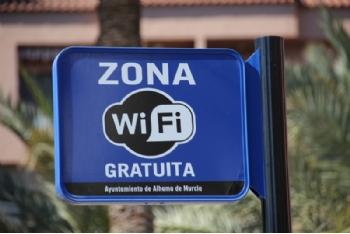 El Ayuntamiento instala 14 nuevos puntos wifi gratuitos en los jardines del municipio