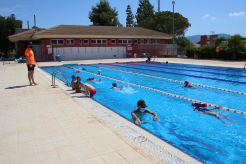 Visita a los cursos de la piscina de verano