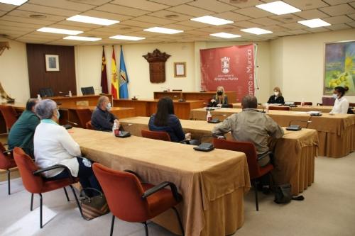 Reunión con los alcaldes pedáneos