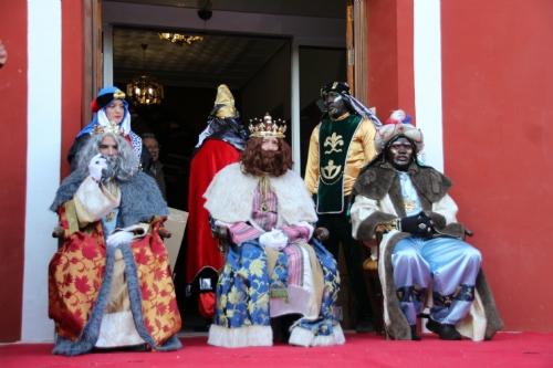 Recepción de SSMM Los Reyes Magos y cabalgata