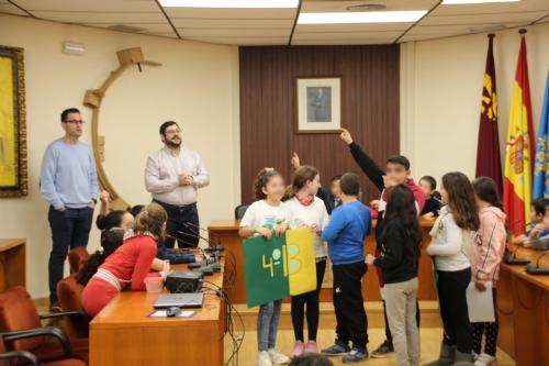 Visita niños 4º Primaria CEIP Sierra Espuña al Ayuntamiento