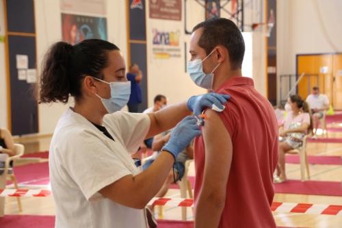 Jornada de vacunación de 30 a 34 años en el pabellón Adolfo Suárez