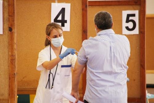 Vacunación 40 a 59 años en el Pabellón Adolfo Suárez