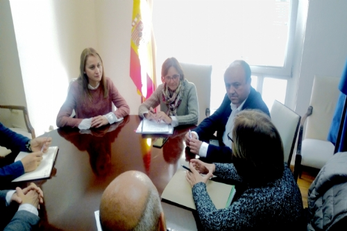Reunión Mariola con la delegada del Gobierno de la MCT