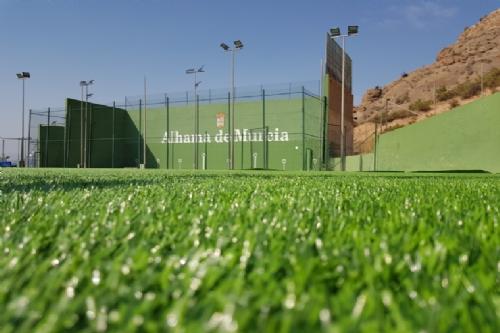 Nuevo césped artificial Polideportivo El Praíco