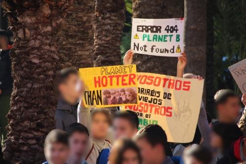 Manifiesto por el cambio climatico IES Miguel Hernández en el Ayuntamiento