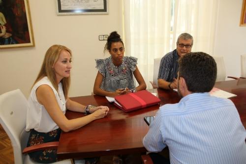 Reunión para autobus Alhama-Arrixaca