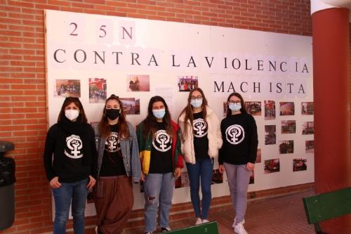 Actividades del IES Miguel Hernández por el día contra la violencia machista
