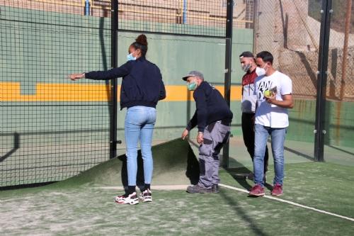 Mejoras césped artificial pistad de pádel del polideportivo El Praíco