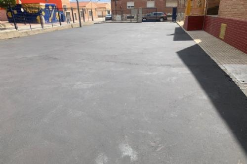 Instalación zona de juegos y sombra en el CEIP Ginés Díaz - San Cristóbal