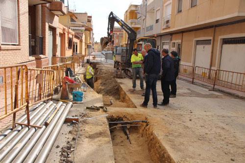 Nueva tubería de abastecimiento en zona Pedro Gambín